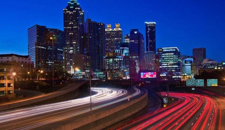 Atlanta_Georgia_2013_skyline-L