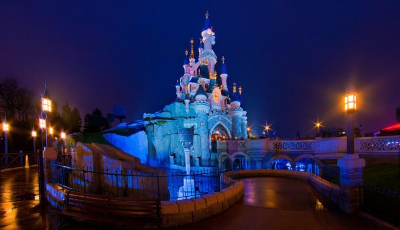 Sleeping Beauty Castle Normal Night-L