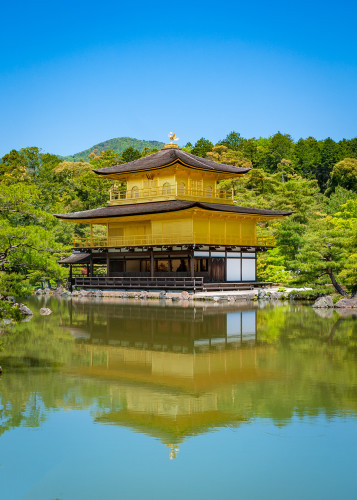 golden-pavilion-kinkakuji-temple-kyoto-japan-bricker
