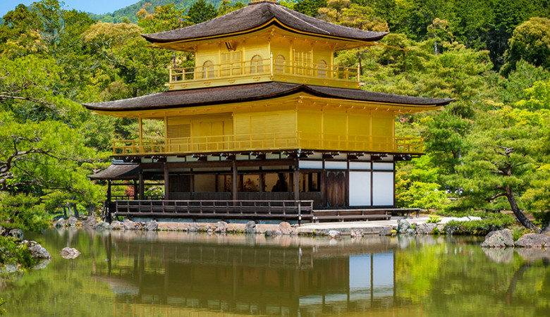 golden-pavilion-kinkakuji-temple-kyoto-japan-bricker