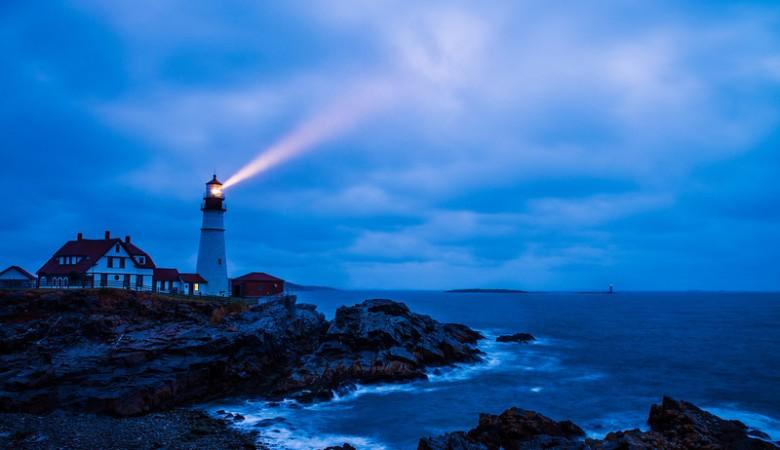 cape-elizabeth-portland-head-light-lighthouse-dusk-L