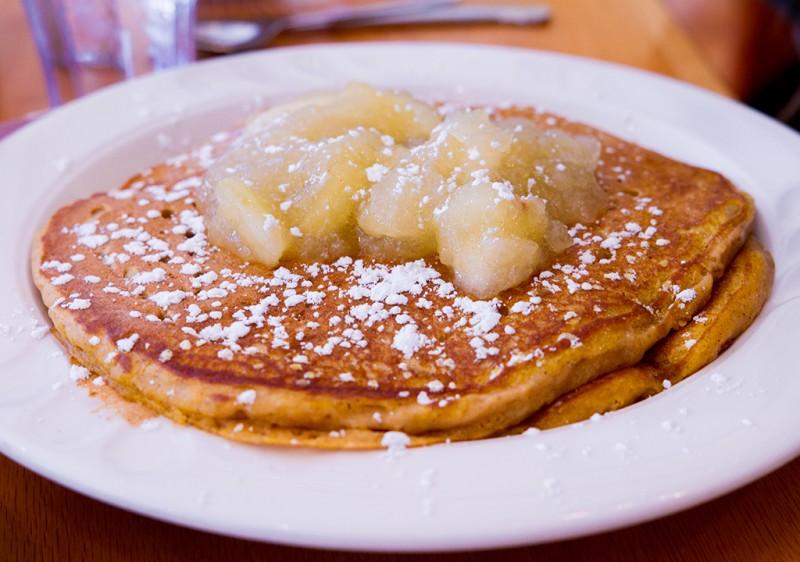 jeannies-great-maine-breakfast-bar-harbor-maine-0854