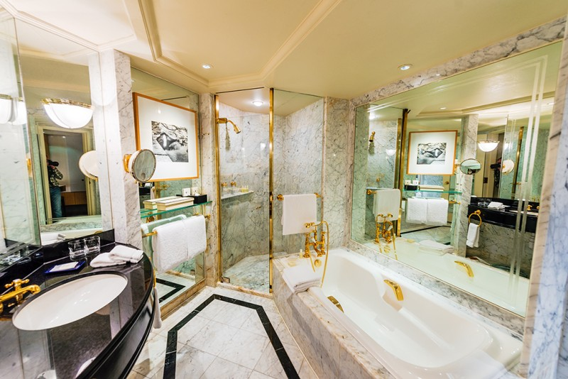 grand-hyatt-hong-kong-bathroom
