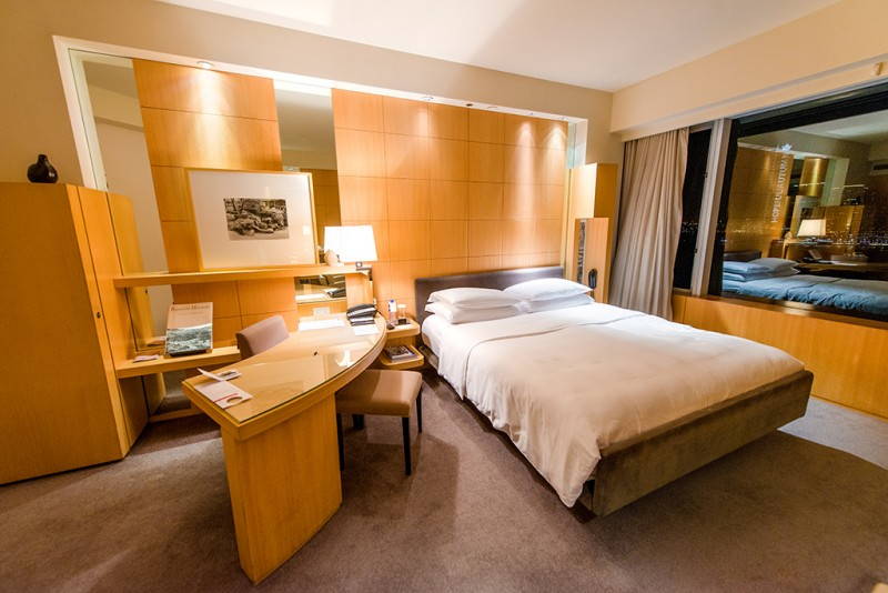 grand-hyatt-hong-kong-main-room-2