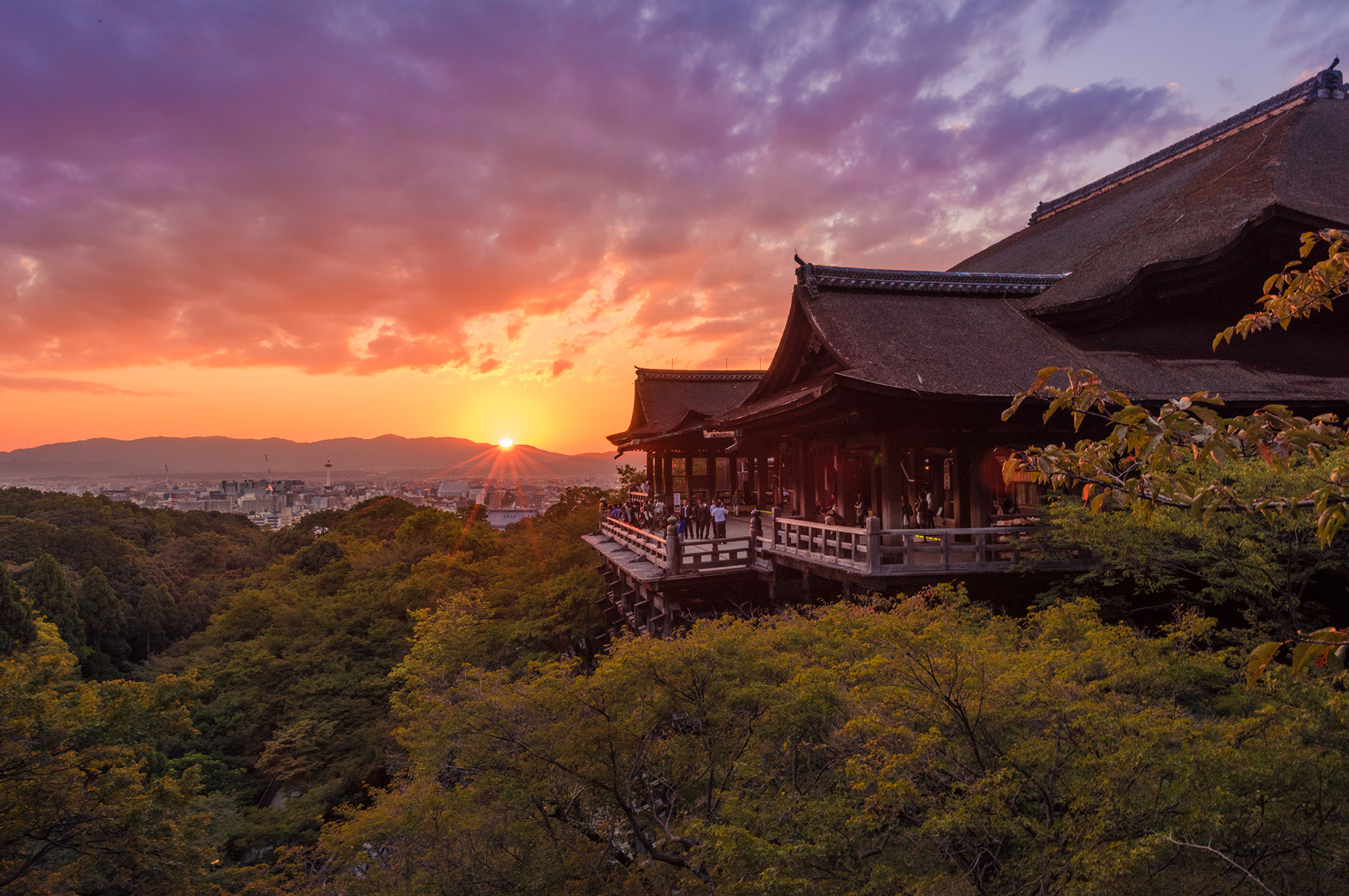 Kiyomizudera Temple Photos Amp Tips Travel Caffeine