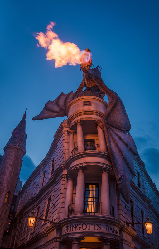dragon-diagon-alley-blue-hour-fire