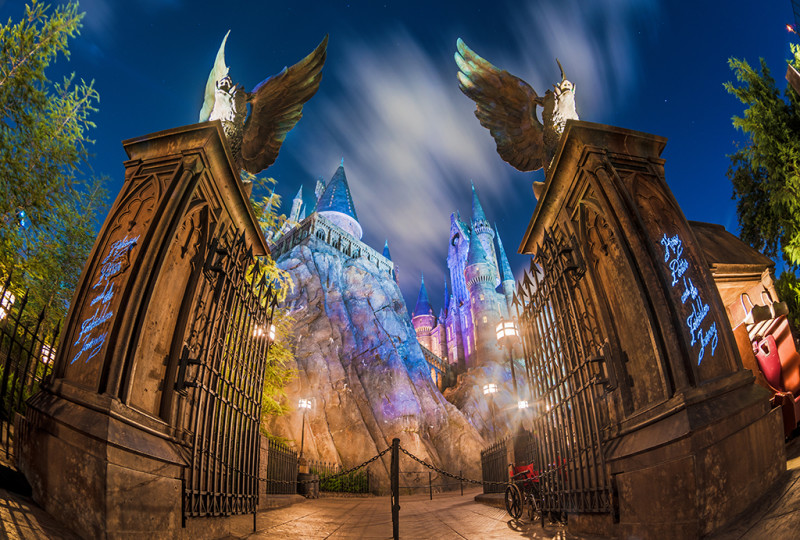 harry-potter-forbidden-journey-entrance-night