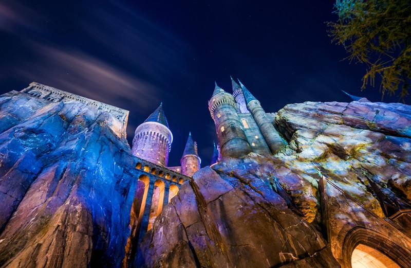 hogwarts-castle-upwards-view-harry-potter