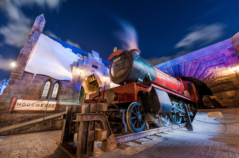 hogwarts-express-night-hogsmeade