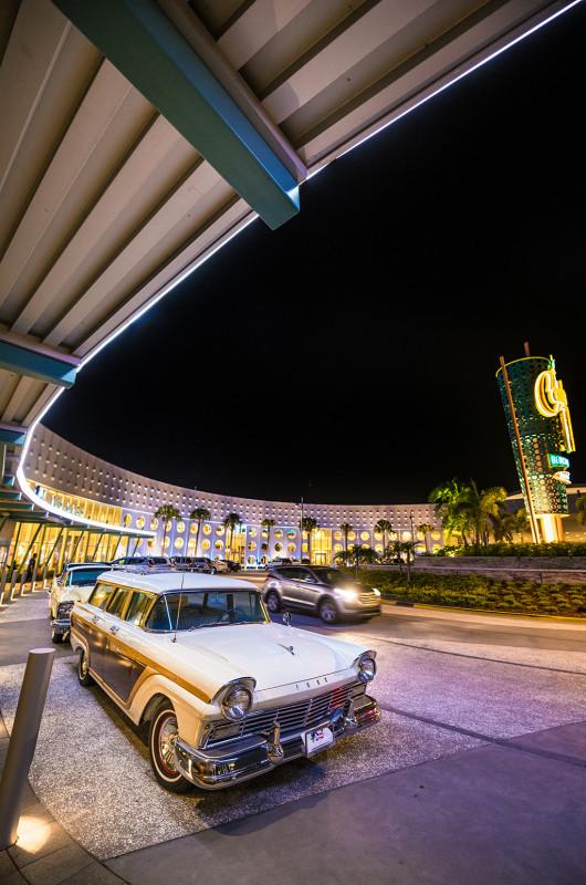 cabana-bay-universal-classic-cars