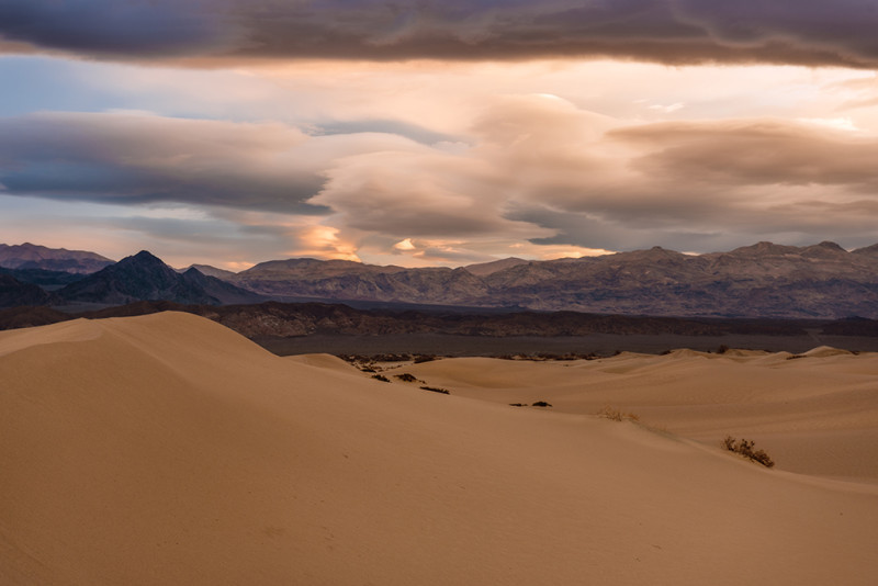 death-valley-cool-sky-sunrise