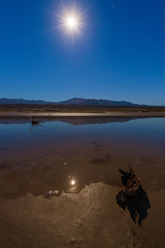 death-valley-full-moon-salt-flats-water-wood