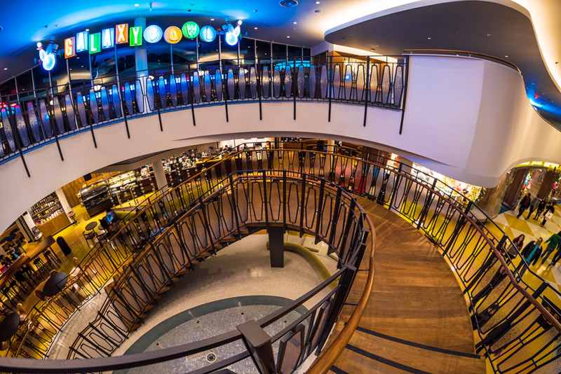 galaxy-bowl-stairs-cabana-bay
