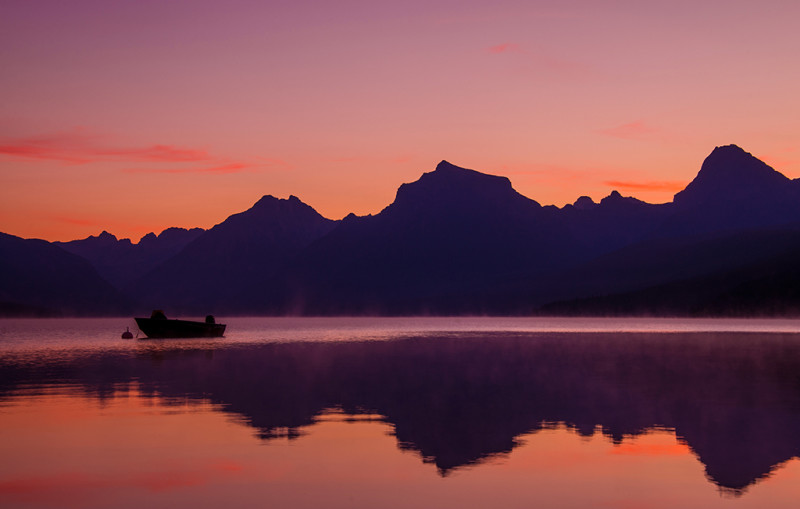 lake-macdonald-boat-dawn-light