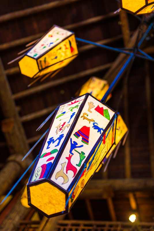 lake-mcdonald-lodge-lights