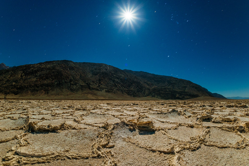 salt-flat-full-moon-death-valley-national-park