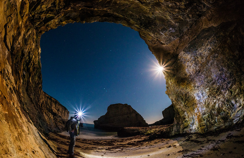 shark-fin-cove-self-portrait-tom-bricker