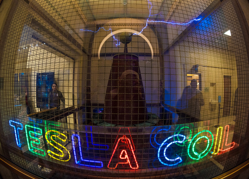 tesla-coil-griffith-observatory