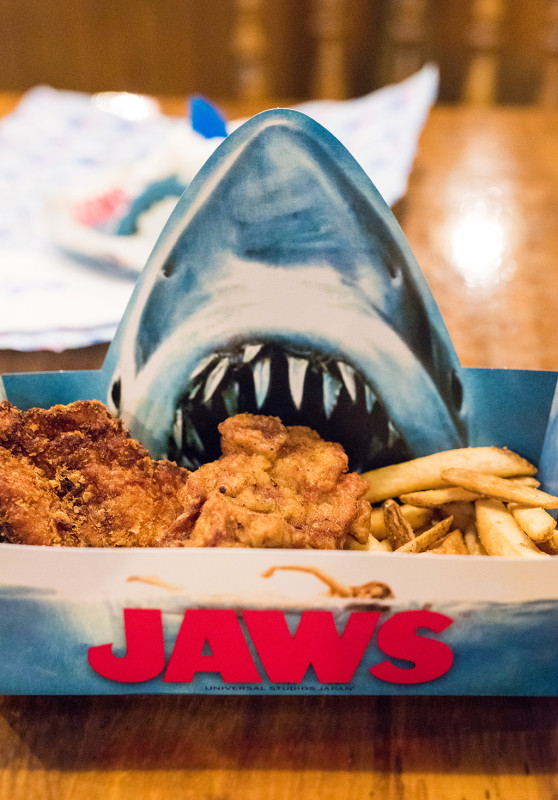 jaws-amity-landing-restaurant-universal-studios-japan-560