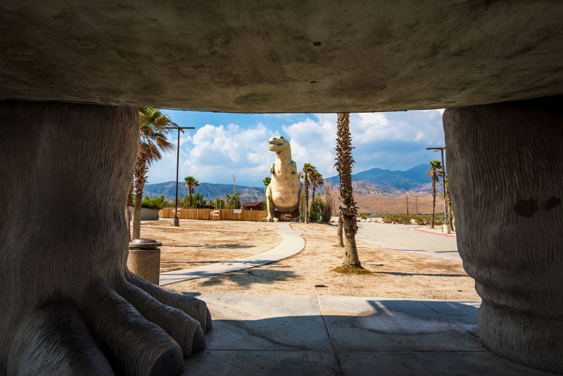 cabazon-dinosaurs-california-crazy-4
