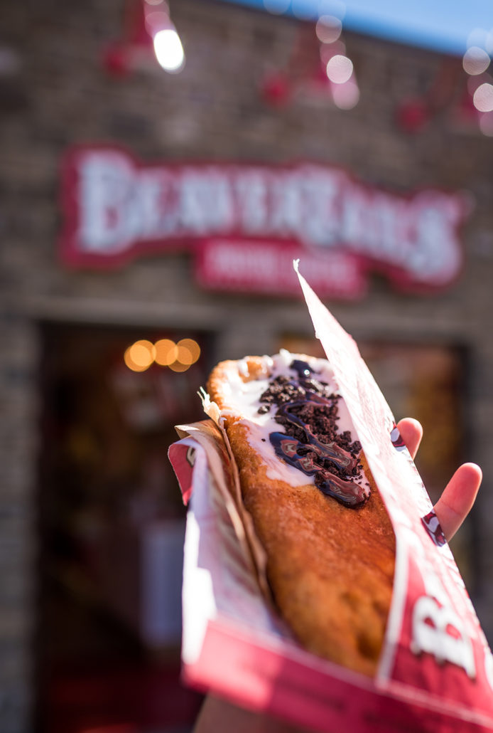 canada-banff-beavertails-pastry-007