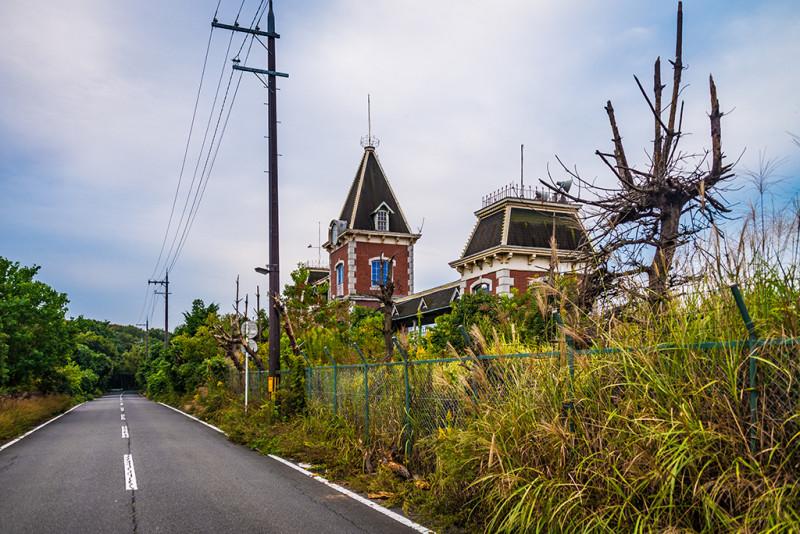 nara-dreamland-japan-abandoned-theme-park-bricker-004