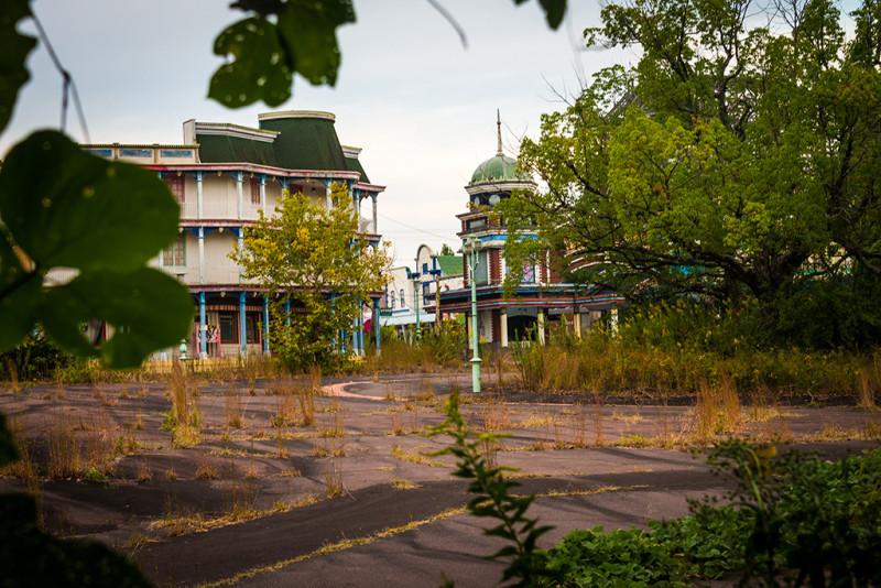 nara-dreamland-japan-abandoned-theme-park-bricker-010