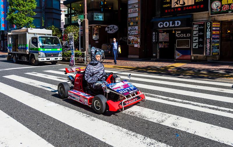 robot-restaurant-shinjuku-japan-015