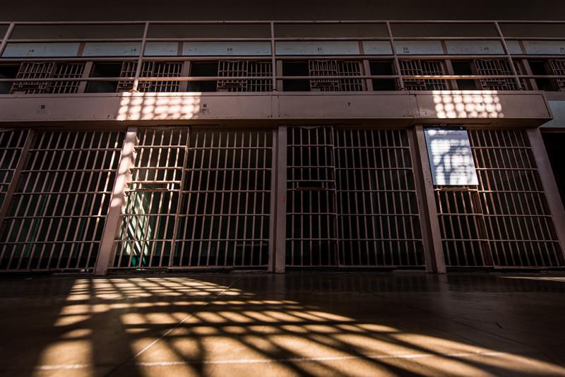 alcatraz-prison-sun-lines