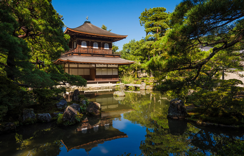 silver-pavilion-kyoto-japan-bricker-001
