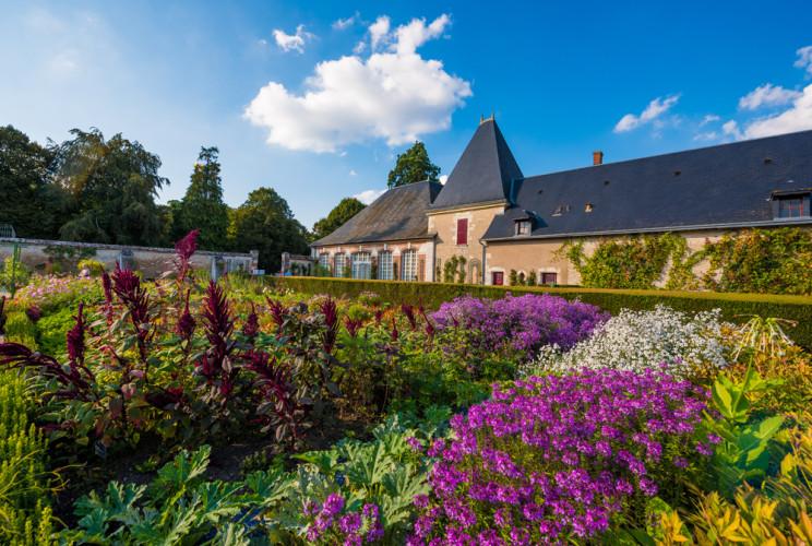 chateau-de-cheverny-loire-valley-france-068
