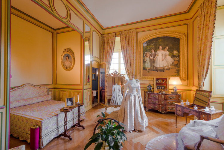 chateau-de-cheverny-loire-valley-france-078