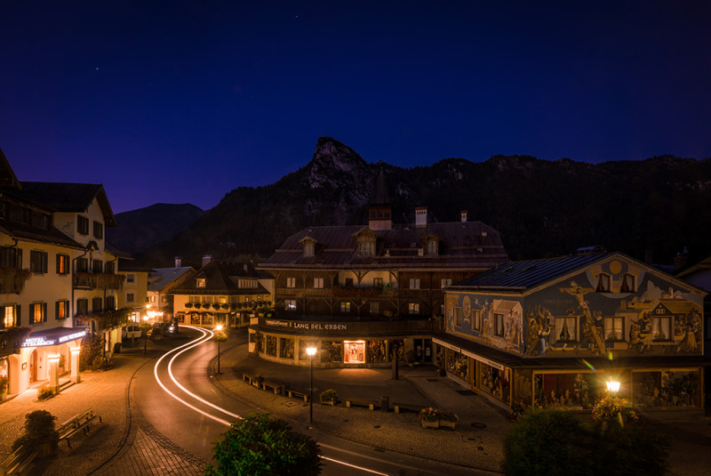oberammergau-germany-night-bricker