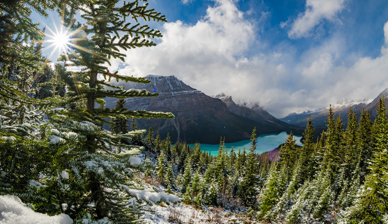 peyto-lake-overlook-hike-banff-national-park-snow-617
