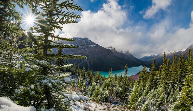 peyto-lake-overlook-hike-banff-national-park-snow-617