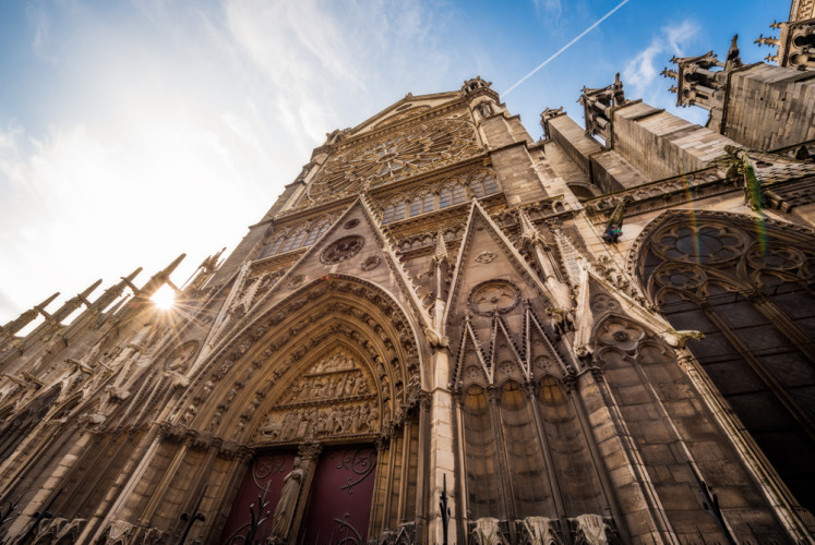 side-view-2-notre-dame-de-paris-cathedral-france