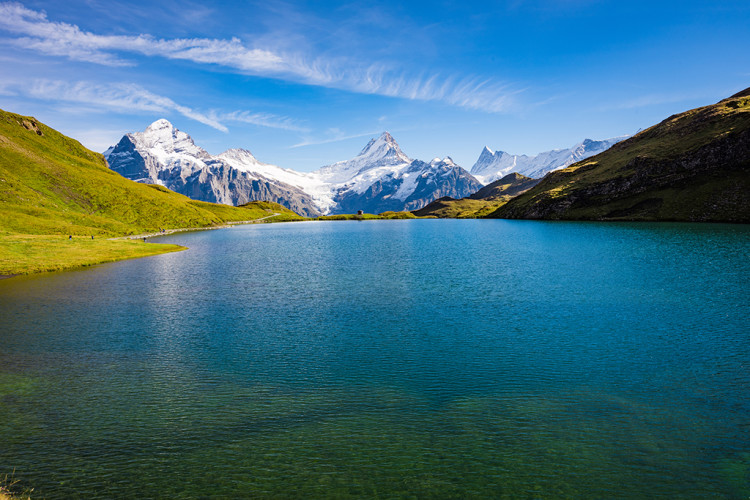grindelwald-first-lake-bachalpsee-hike-switzerland-20170308401