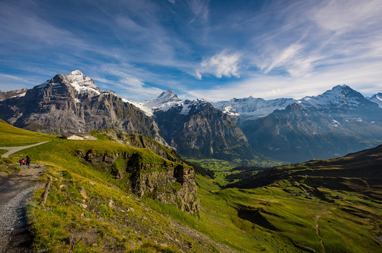 grindelwald-first-lake-bachalpsee-hike-switzerland-20170308404