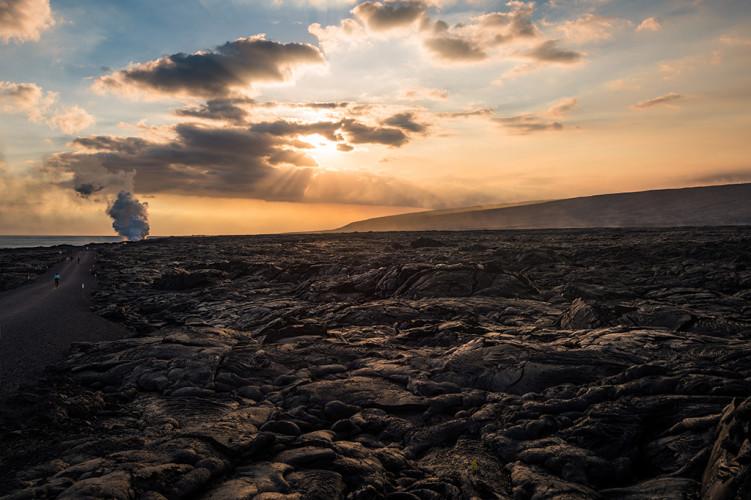 path-kamokuna-lava-viewing-hawaii-volcanoes-national-park-538