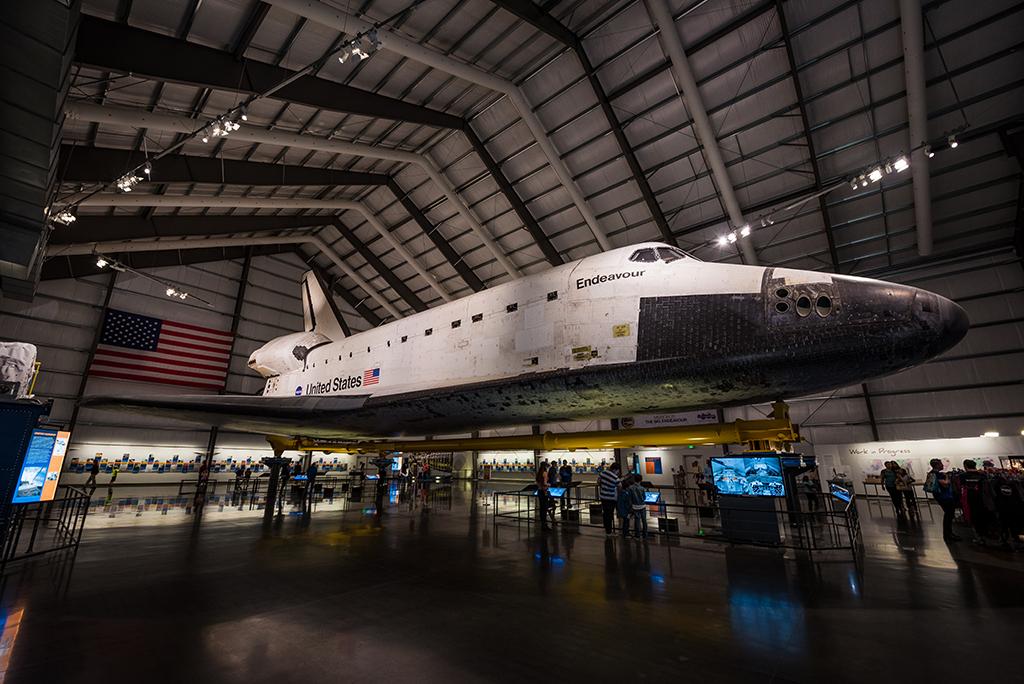 shuttle science space endeavour center california angeles los exhibit seeing endeavor travelcaffeine