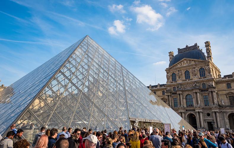 musee-louvre-paris-france-087