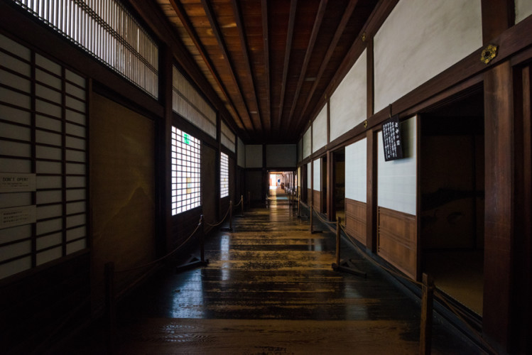 nijo-castle-kyoto-japan-976