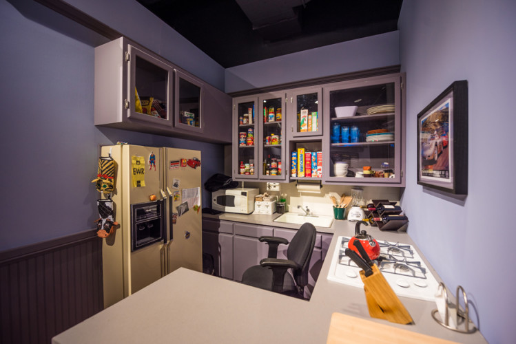 seinfeld-kitchen-sony-pictures-studio-tour-1057
