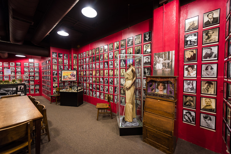 hollywood-museum-los-angeles-california-review-142