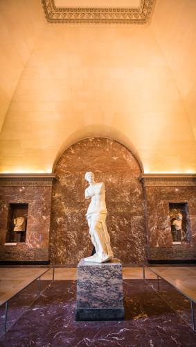 louvre-art-museum-paris-france-192