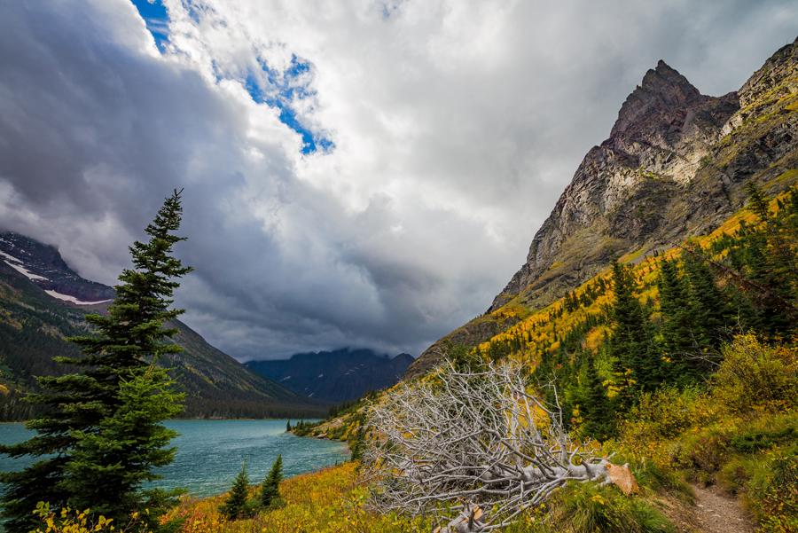 Hiking Grinnell Glacier Trail in Glacier National Park - Travel Caffeine
