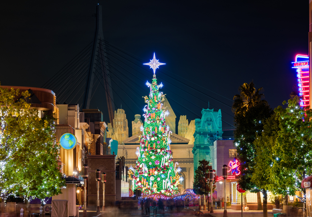 wonder christmas is a holiday event at universal studios japan celebrating the holiday season this year it runs from november 10 2017 until january 8 - Christmas In Japan